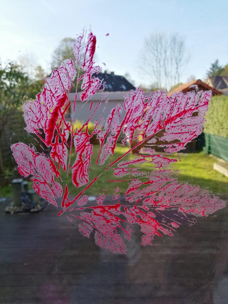 Herbst mit Kindern - Blätterabdrücke
