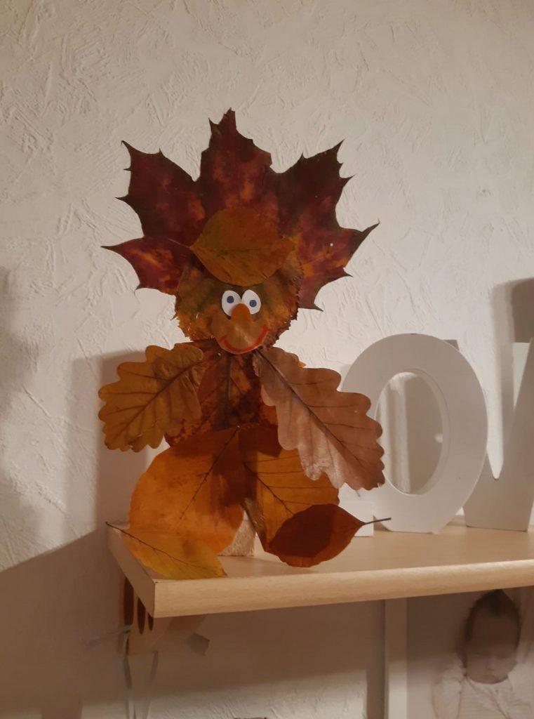 Herbst mit Kindern - Blättermännchen