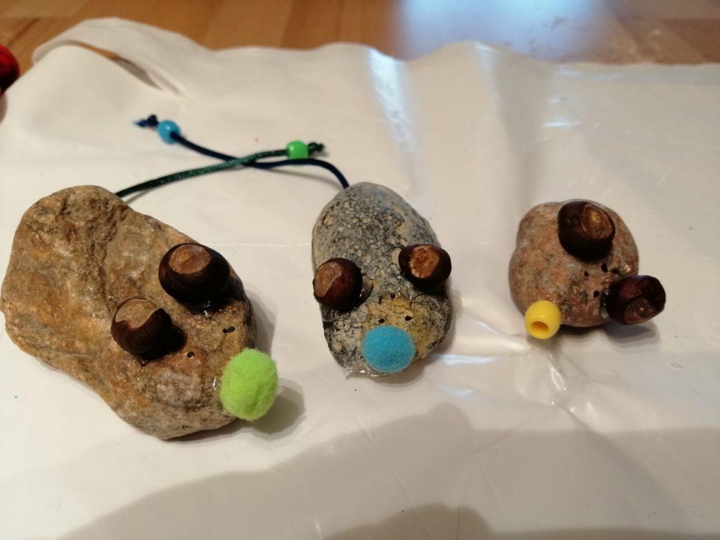 Basteln mit Kindern - Mäuse aus Steinen