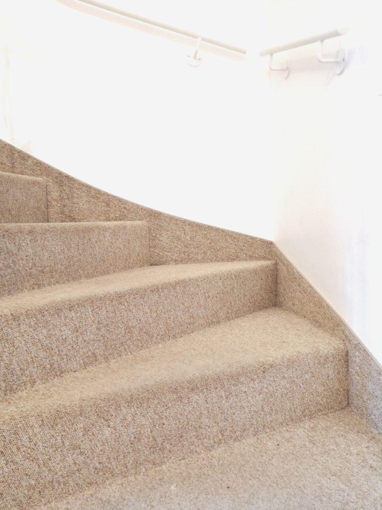 Wohnung kindersichermachen treppe